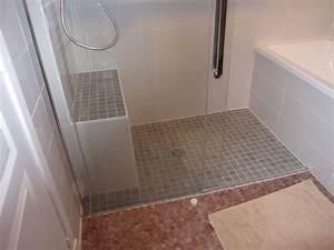 Exemple Petite Salle De Bain : modele petite salle de bain avec douche italienne id es ~ Dailycaller-alerts.com Idées de Décoration