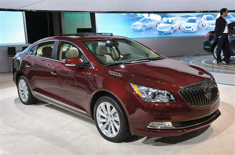 New Buick Lacrosse by 2014 Buick Lacrosse Steps Up To The Big Leagues With
