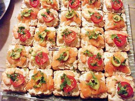 canapes aperitif facile recette de toast saumon ou crevette