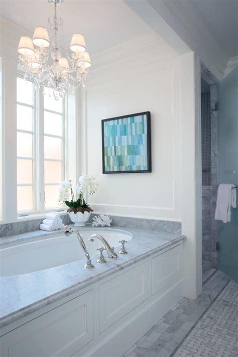 The Granite Gurus: Whiteout Wednesday: 5 White Baths with
