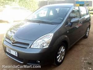 Toyota Corolla Verso 2006 : used toyota mpv 2004 2006 toyota corolla verso europe rwanda carmart ~ Medecine-chirurgie-esthetiques.com Avis de Voitures