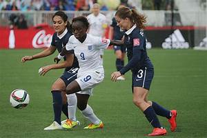 Outside World Cup, women pro soccer players struggle to ...