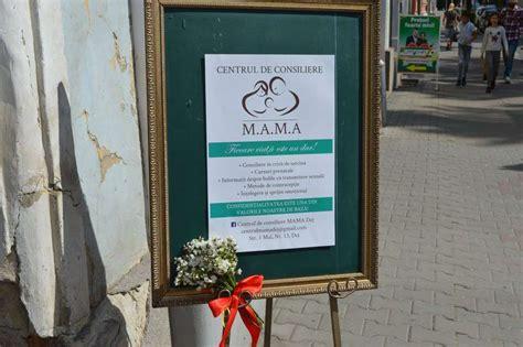 """Centrul De Consiliere Pentru Femei """"mama"""" și-a Deschis"""