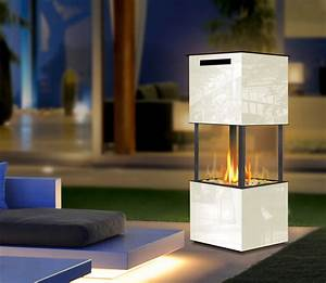 Feuer Kamin Garten : ethanolkamin the tower eckige kamin fen kamine mit flammen aus wasserdampf bioethanolkamine ~ Frokenaadalensverden.com Haus und Dekorationen