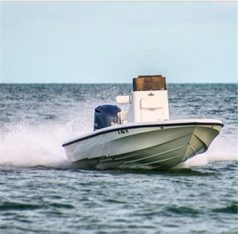 Contender Boats Islamorada by Best Flats Bay Boat Page 2 The Hull