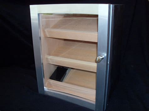 hand  cabinet humidor  puddle town woodworking