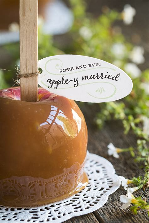 fall favors  guests  love todays bride