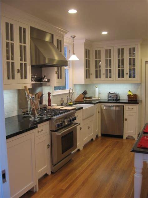 kitchens glass front white maple kitchen cabinets