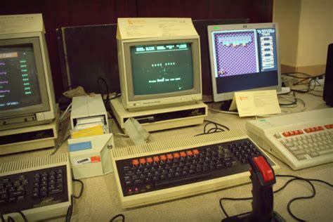dawne komputery i gry czyli coś dla miłośnik 243 w komputer 243 w i konsol z lat 70 80 i 90 gram pl