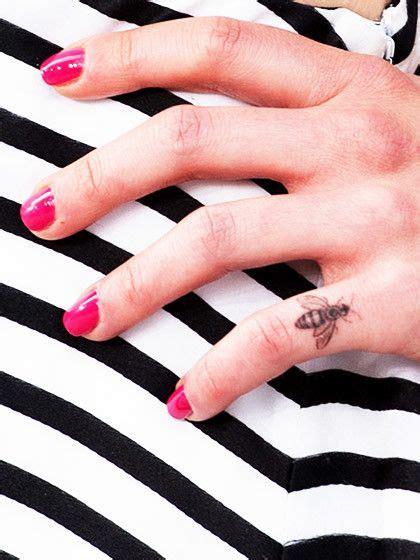 filigrane tattoos handgelenk die besten 25 tattoos mit bedeutung ideen auf kleine tattoos mit bedeutung kleine