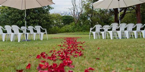 tips  planning  perfect backyard wedding huffpost