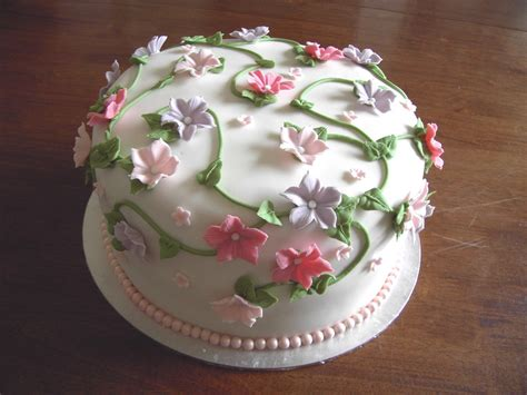cakes decorated with flower cakes decoration ideas birthday cakes