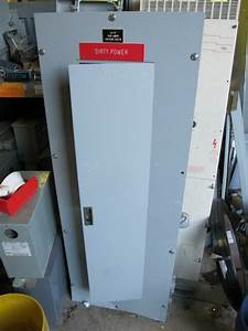 Cutler Hammer Kd3300 Main Breaker 120  208 Volt 3 Phase Panel Board
