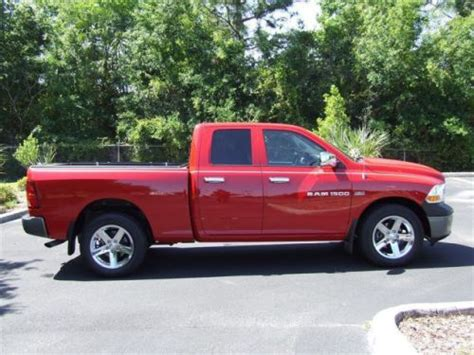 Find Used 2011 Dodge Ram 1500 St In 1275 S Suncoast Blvd