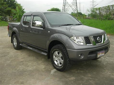 Nissan Navara Picture by Nissan Navara 25 Le Crew Cab 4wd Picture 7 Reviews