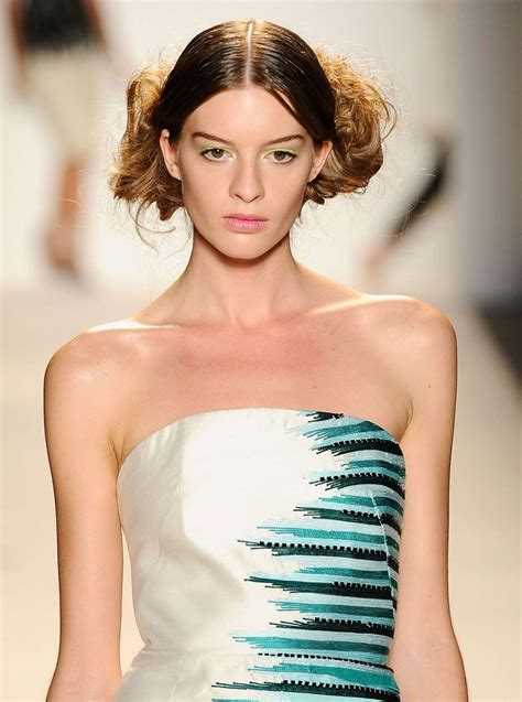 Spring Makeup Trends From Fashion Week Spring 2014 | Glamour