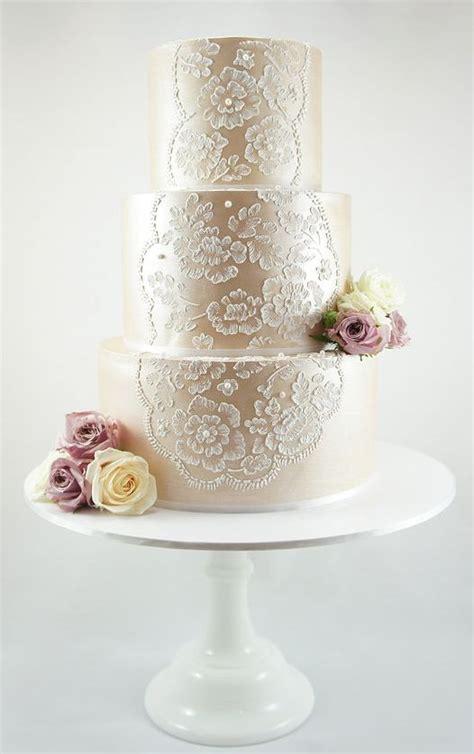trend alert textured metallic wedding cakes tracie
