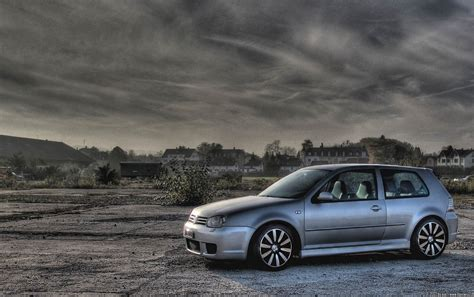 Volkswagen Golf Wallpaper by Vw Golf Iv R32 Wallpapers Vw Golf Iv R32 Stock Photos