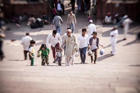 muslim women  mosque jama masjid delhi india editorial