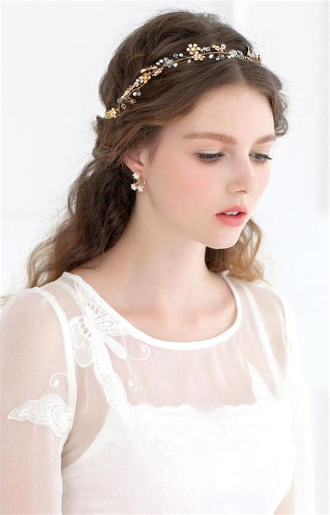 Lovely collection of latest vintage hairstyles for bride