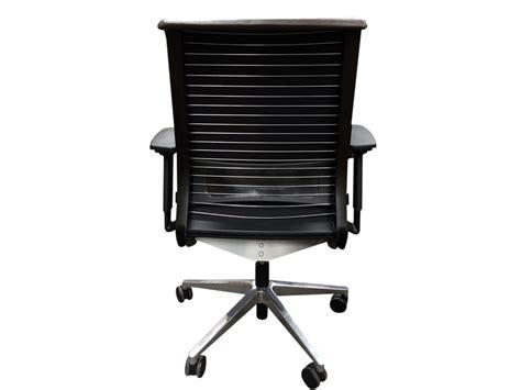 fauteuil bureau occasion fauteuil steelcase think adopte un bureau