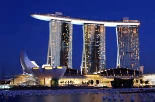 シンガポール:Marina Bay Sands -Singapore - Moshe Safdie