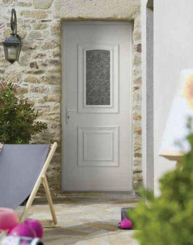 porte entree maison porte entree pvc maison traditionnelle fermetures