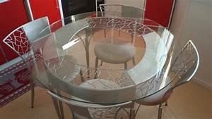 Table Fer Forgé Ronde : table en fer forge avec plateau verre 4 chaises clasf ~ Teatrodelosmanantiales.com Idées de Décoration