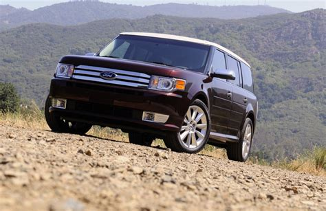 2009 Ford Flex Enters Automobile Magazine All-stars