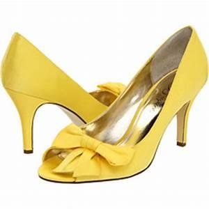 Bouquet Bette Shoe in Canary SIze 8.5 - Weddingbee
