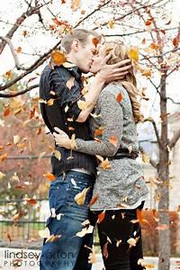 20 captivating fall engagement photo ideas roses