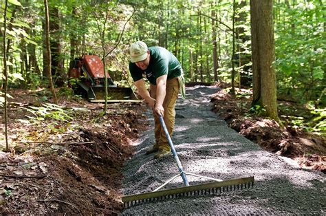 Conservancy Builds Accessible Trail