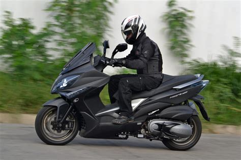 Review Kymco Xciting 400i by Bridging The Gap Kymco Xciting 400i Review C Magazine