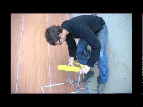 r 233 novation d une chaise en fil scoubidou