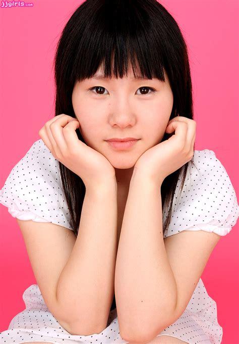 69dv Japanese Jav Idol Anzu Momoiro 桃色あんず Pics 2