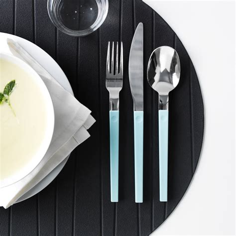 flatware entertaining outdoors