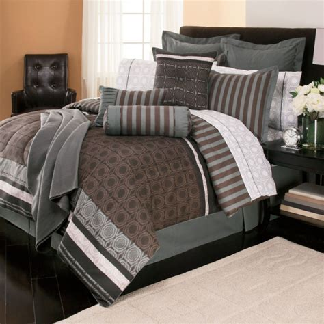 Bedroom: Wonderful Queen Size Bedding Sets For Bedroom Decoration Ideas ? Stephaniegatschet.com