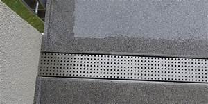 Bodenbelag Für Terrasse : balkonentw sserung f r balkon terrassenplatten ~ Lizthompson.info Haus und Dekorationen