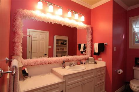 20 Lovely Ideas For A Girls' Bathroom Decoration