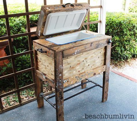 ana white rustic wood cooler box   pallets