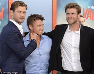 Image Gallery liam hemsworth brother