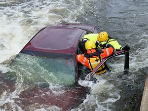 Conducting Rescues From Vehicles In Floodwaters