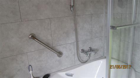 dalle adhesive cuisine dalle pvc adhesive pour salle de bain d licieux dalle