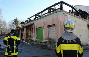 Incendie Villeneuve Les Avignon : un incendie d truit trois logements et provoque l ~ Dailycaller-alerts.com Idées de Décoration