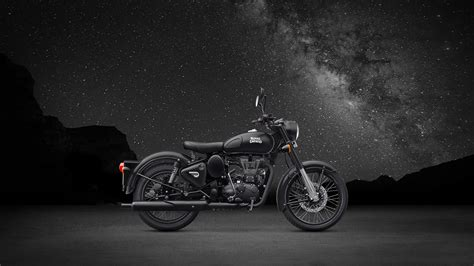royal enfield classic  rear disc stealth black