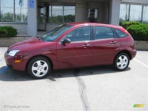 Ford Focus 2006 : 2006 dark toreador red metallic ford focus zx5 ses ~ Melissatoandfro.com Idées de Décoration
