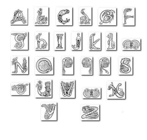 Alphabet écriture Celtic  Images Diverse (entrelacs