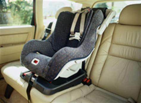 siege bebe pivotant siege auto pivotant infos et prix d un siège auto pivotant
