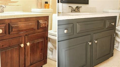 How To Refinish Bathroom Cabinets With Paint by Best 25 Refinish Bathroom Vanity Ideas On