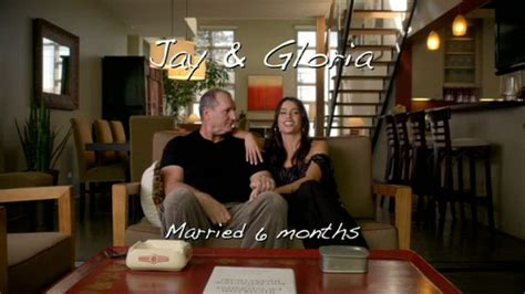 decorate  home  modern family style jay  gloria